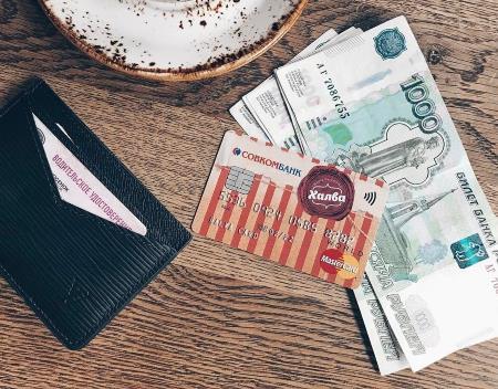 Что выгоднее: кредит в магазине или карта рассрочки?