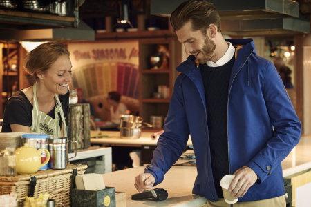 Куртка Lyle & Scott bPay Jacket с NFC-чипом в рукаве