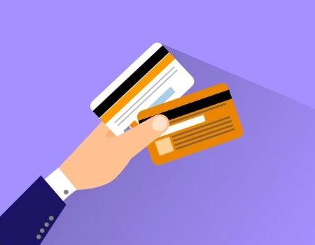 Что лучше: кредитка или карта рассрочки?