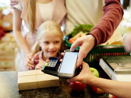 Оплата смартфоном вместо карты